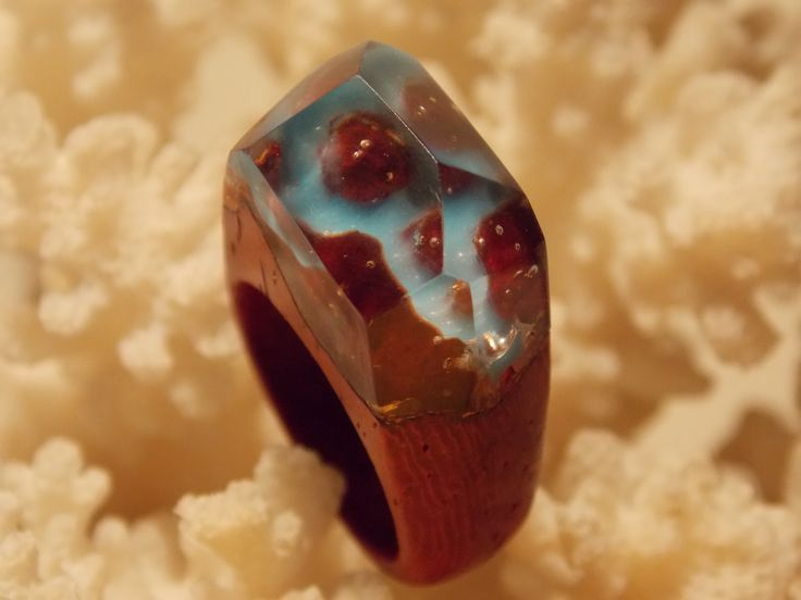 Wooden ring with blue river by L'arbre design