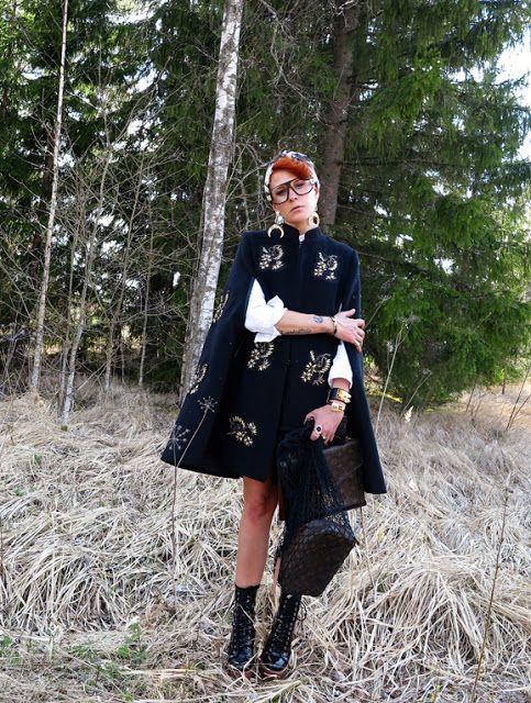 The wardrobe of Ms. B: My Jovonna cape