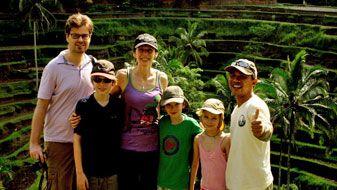 family photo at tegallalang rice terraces