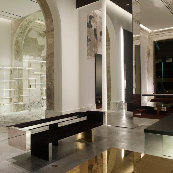 Antonia milano design by vincenzo de cotiis confero for Milano design shop