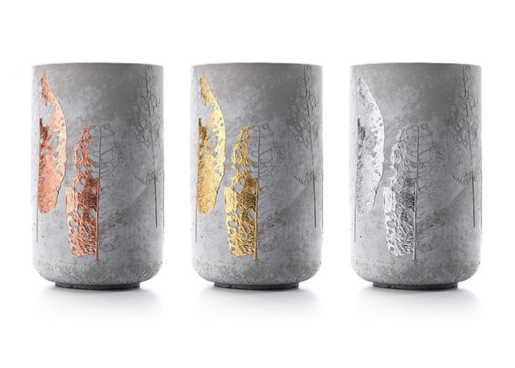 I stumble over a great concrete vase with a leaf imprint in copper, gold or silver. In terms of WabiSabi, it makes the impression of a industrial designed item with an human touch. Meaning some imperfection within the concrete and imprint. But...