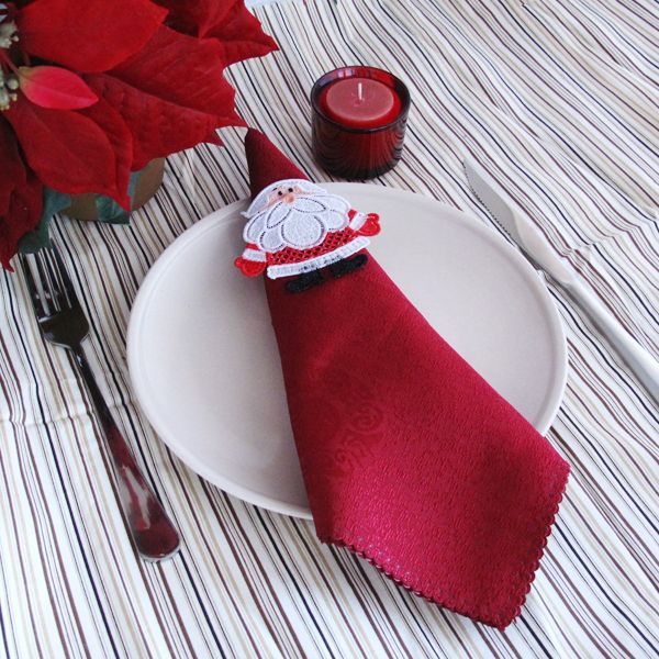Embroidered Lace Napkin Rings