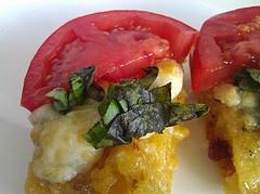 Gluten-Free Grilled Tomato Polenta with Gorgonzola #glutenfree