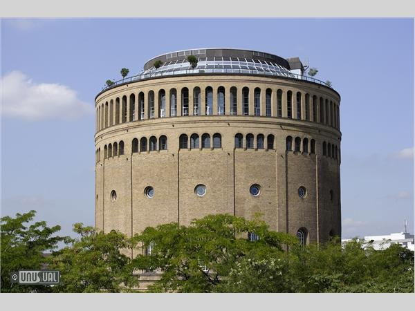 Trend Hotel im Wasserturm French interior designer Andr e Putman turned what used to be Europe s