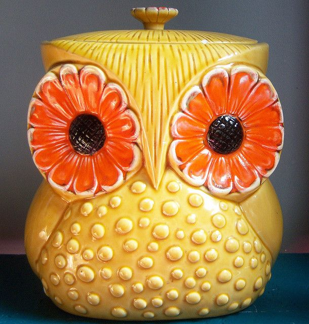 owl, colorful, funky, 1970s,  cookie jar, kitchen, pin, orange, yellow, tee hee love his face!