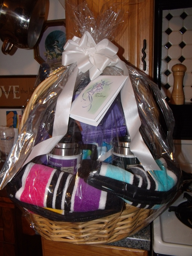 Beach gift baskets for shower gifts!