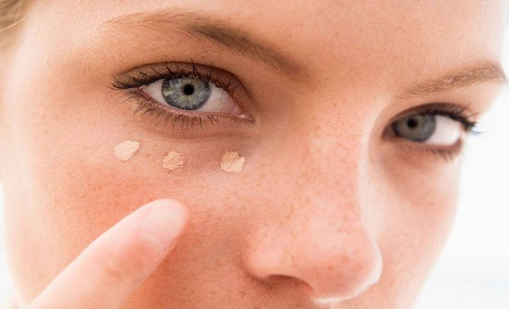 Stop looking tired when your not. Remove those dark circles under your eyes. #NaturalWake http://daily-sun.com/post/167196/5-Natural-Home-Remedies-to-Remove-Dark-Circles