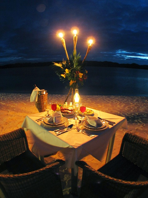 Romantic dinner setup on the beach my style pinterest for Romantic dinner