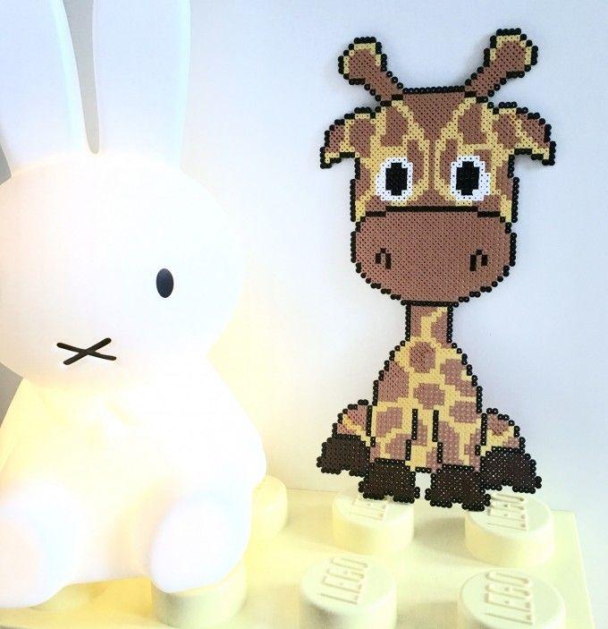 Giraf i perler.