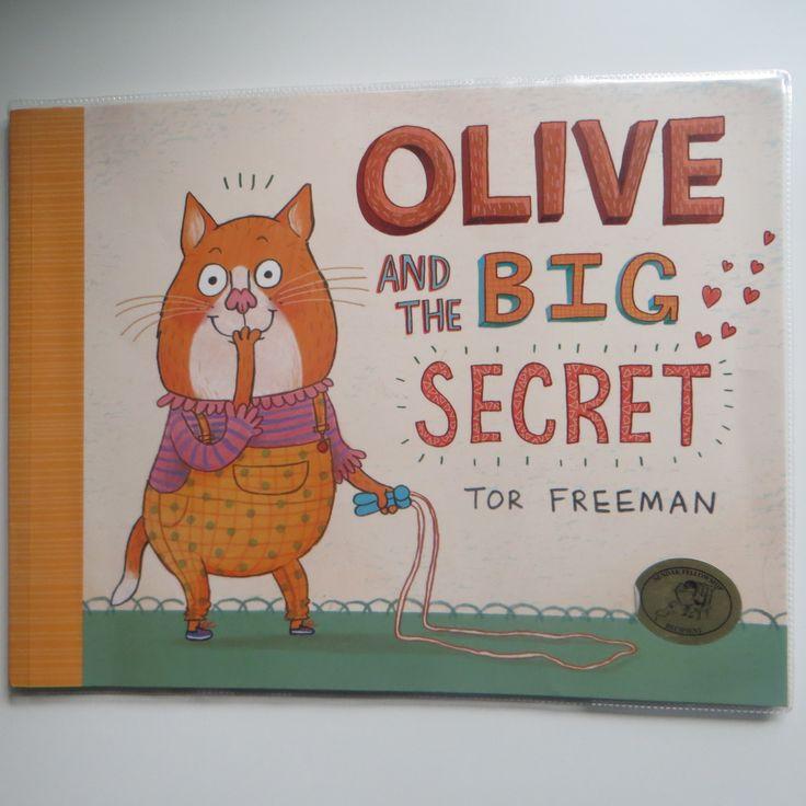 """Un gattone che nasconde un segreto e con l'uso del """"should"""" e """"would"""" fa fare un po' di pratica sull'utilizzo delle due forme verbali. :)"""