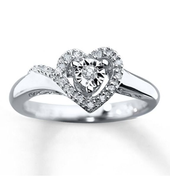 Really pretty promise ring! :) only with a pink or blue stone in the middle heart.