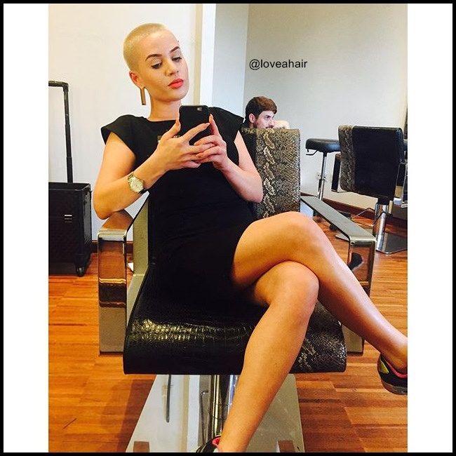 https://flic.kr/p/yviPxj | bald girl                                                                                                                                                                                 More