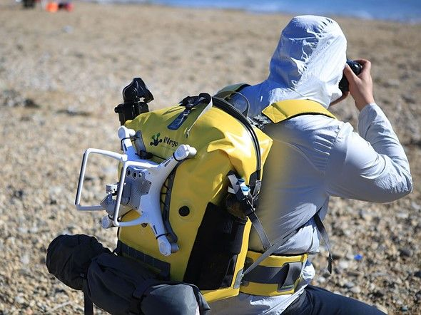 Inrigo is a waterproof camera backpack with bluetooth humidity monitor