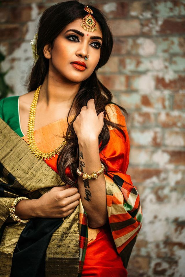 Shopzters | 4 Stunning, Different And Inspiring Looks Done By Vithya!