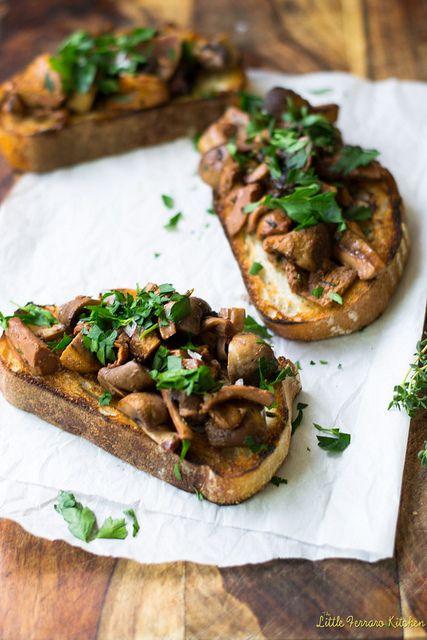 Roasted Mushroom Crostini with Wine and Herbs
