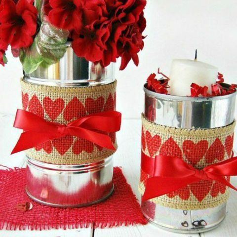 With a little burlap, ribbon, and stencils, transform an old soup can into a vase ready for roses.