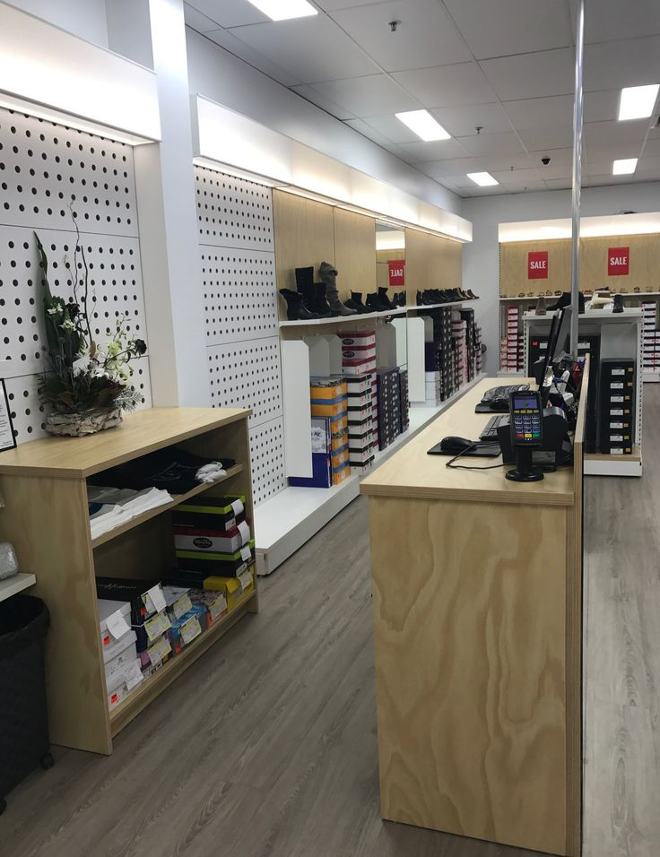 #SFSI #SHOESTORES #FSWSHOES #Coffsharbour #MAXE #CUSTOM #WHITE #FREESTANDING #BACKPANELS #PLAIN #ply #SLOTWALL #SHOES #DIVIDER #SHELVING #counter #mirror #customcounter #lighting #lightboxes #peggie #custombackpanel
