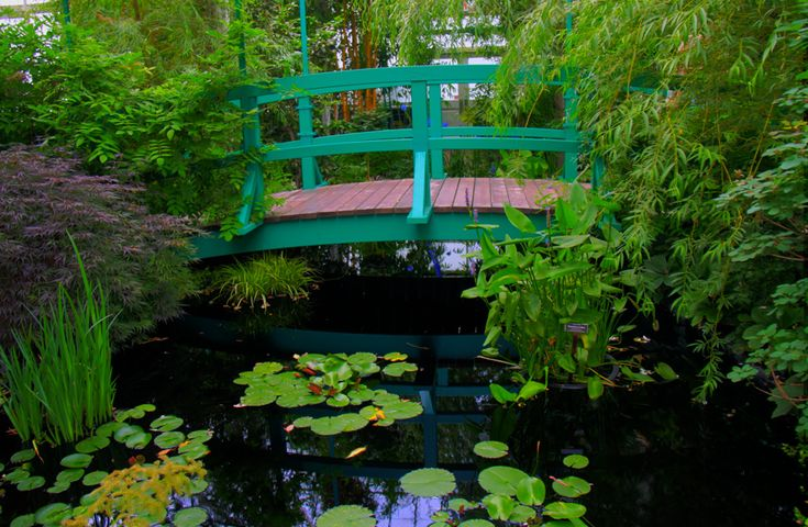 A ponte nos jardins de Monet do NY Botanical Garden