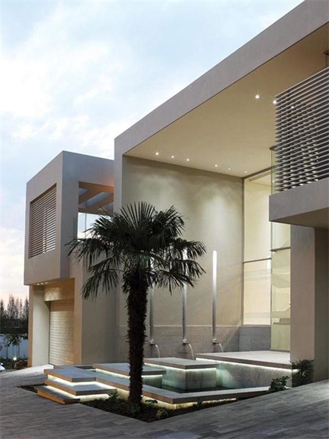 Private House in Johannesburg _ ◉ pinned by http://www.waterfront-properties.com/fortlauderdalewaterfronthomes.php