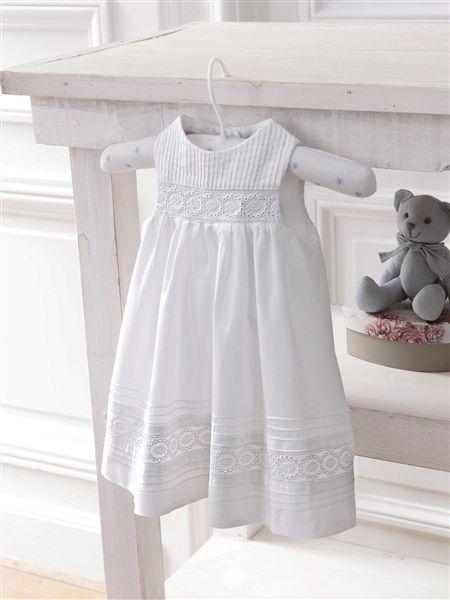 Robe blanche pour baptême