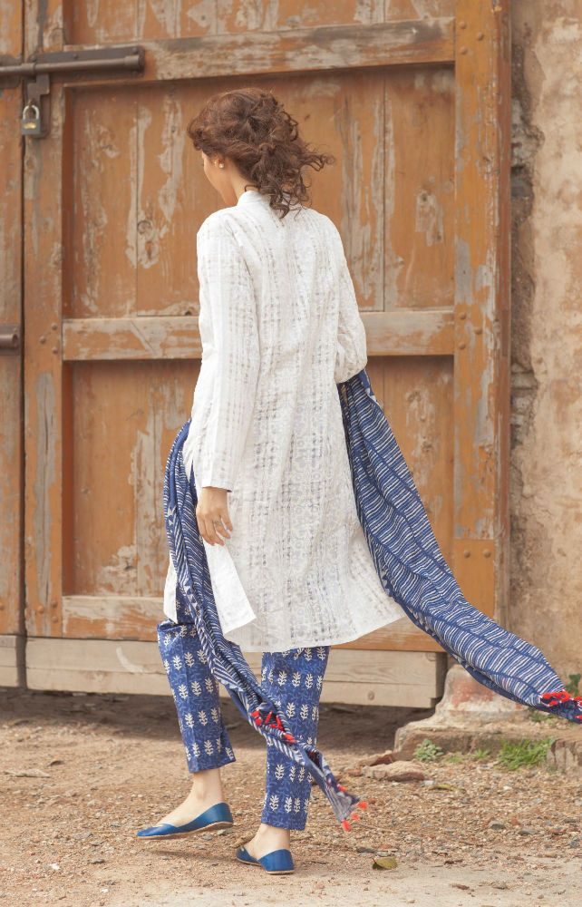 Pakistan's iconic ready-to-wear clothing brand GENERATION launched its Spring/Summer '15 Collection: Indigo Dreams - Vmag