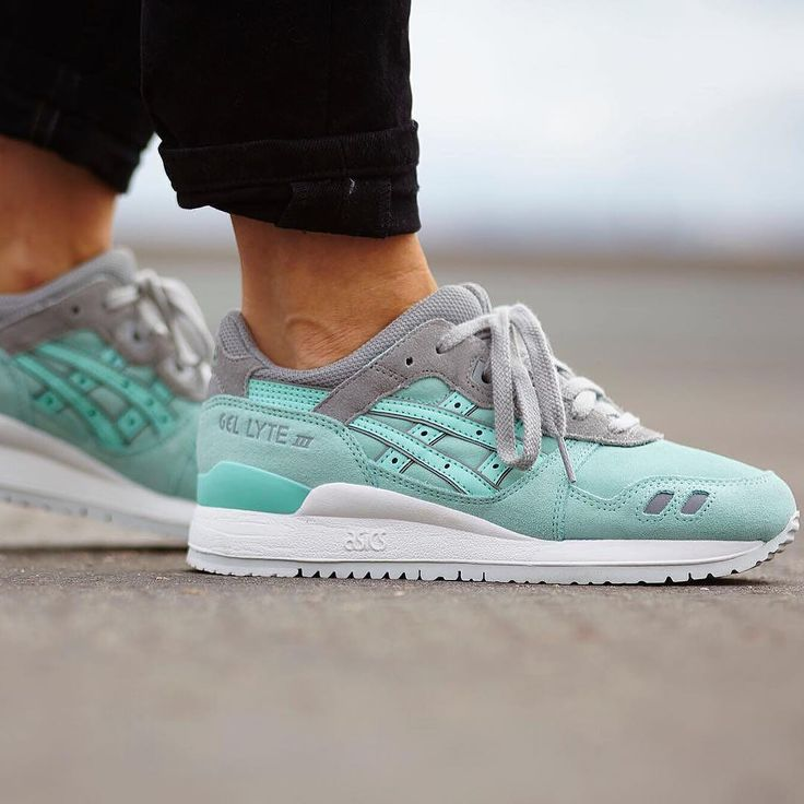 Sneakers femme - Asics Gel Lyte III (©bigeyeslittlesoles by yanildn)