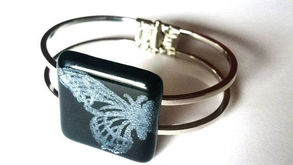 Check out this item in my Etsy shop https://www.etsy.com/listing/484570271/special-glass-bracelet-with-silver
