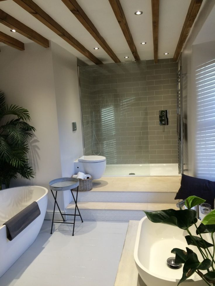 #VPShareYourStyle Dave from Wensleydale brings the out doors inside with exposed wooden beams and shrubbery in his excellently elegant bathroom.