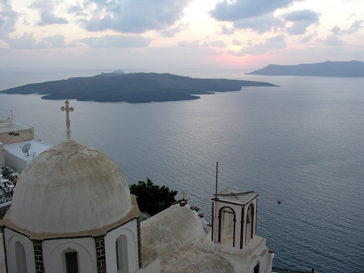 #Santorini Island in #Greece. Visit exploresantorini.com #SantoriniGreece