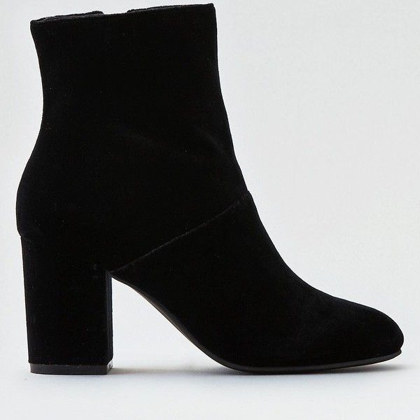 AE Velvet Heeled Bootie (3990 DZD) ❤ liked on Polyvore featuring shoes, boots, ankle booties, black, black ankle boots, american eagle outfitters, black velvet boots, black shootie and black booties