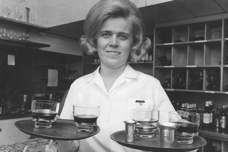 Tarjoilija, 1970. Kuva: Erkki Suonio/Yle