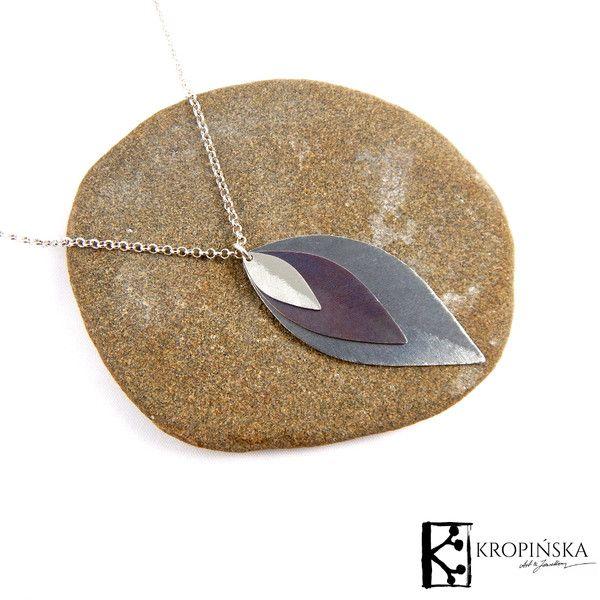 Liście - zawieszka na łańcuszku w Kropińska Art & Jewellery na DaWanda.com
