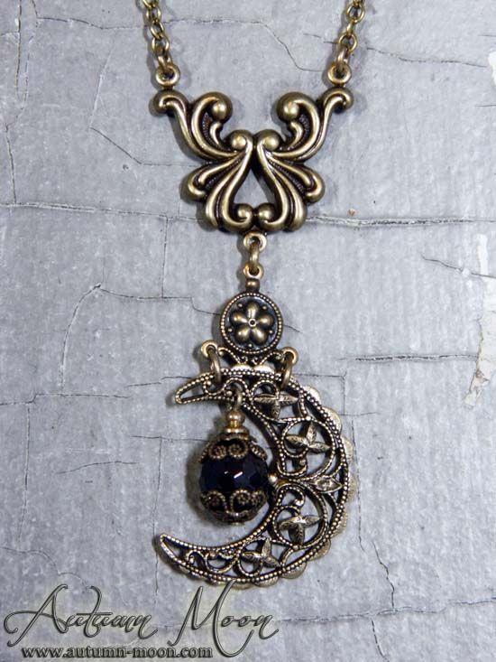 garnetmoonnecklace1