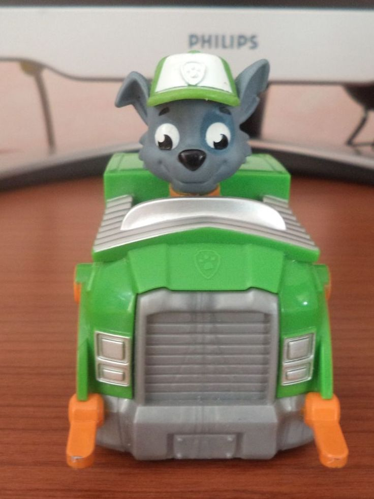 Rocky Paw Patrol PUP DOG RACER KIDS BAMBINI GIOCATTOLO REGALO