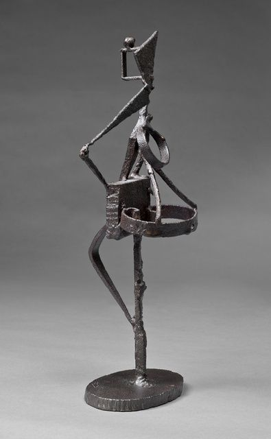 DAVID SMITH Untitled, 1937  Iron 16 5/8 × 7 3/4 × 5 in 42.2 × 19.7 × 12.7 cm