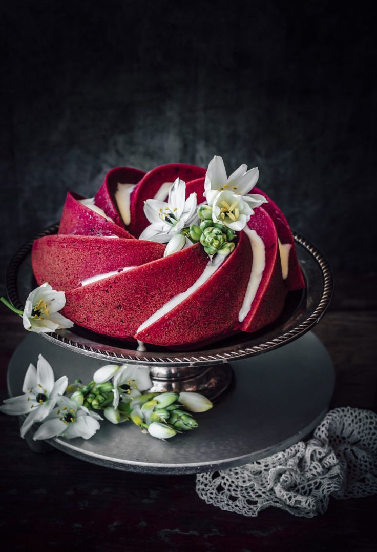 Red velvet bundt cake (use beet juice as a healthy alternative to food coloring)