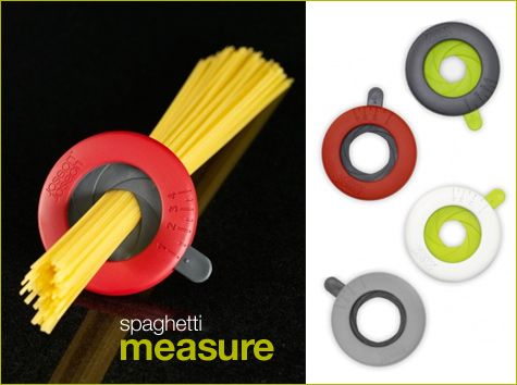 medidor de spaghetti, calcula a quantidade de massa conforme o número de pessoas que irão comer.