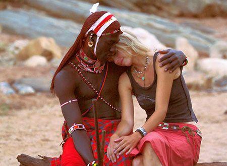 AFRIKAI SZERETŐK   http://videa.hu/videok/film-animacio/afrikai-szeretok-film-4kAWRQduBBFxD2Bc