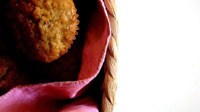 -+VANIGLIA+-+storie+di+cucina:+muffin+integrali+con+banana,+avena+e+noci
