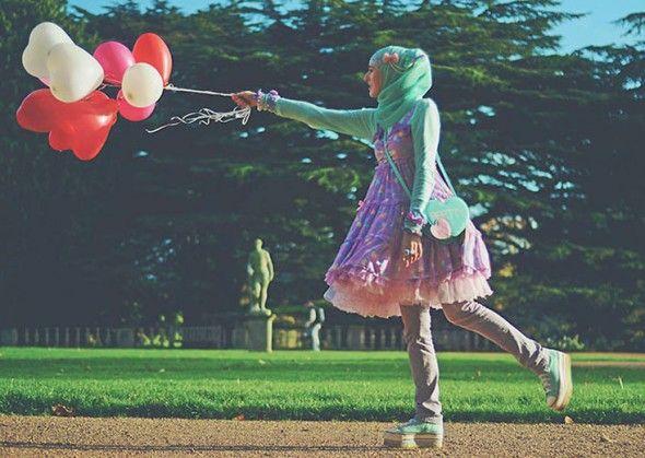 Sim, hijab e vestido vitoriano: sinta-se em um Harajuku muçulmano! Essa é a Sugarnoor