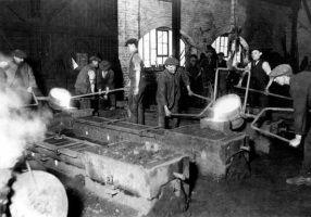Ünlü bir iş adamı, bir gün çelik işleyen fabrikalarından birini denetliyordu, fabrikasından yeterince verim alamadığını düşünüyordu, bunun nedenini ustabaşına sordu: