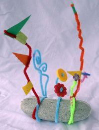 Kinetic Sculptures with Pipe Cleaners.Alexander Calder-inspired