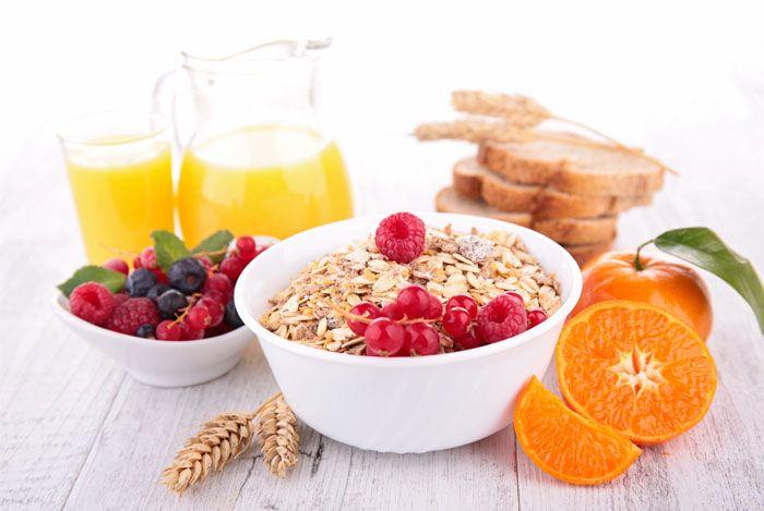 Szép jó reggelt! Ha te is azok közé tartozol, akik hisznek abban, hogy a reggeli nagyon fontos étkezése a napnak, akkor máris átfuthatod a válogatásomat, és készíthetsz valami finomat és egészségeset a családnak, párodnak vagy magadnak.  Ha délelőtt nem szoktál enni, akkor ajánlom őket uzsonnára!