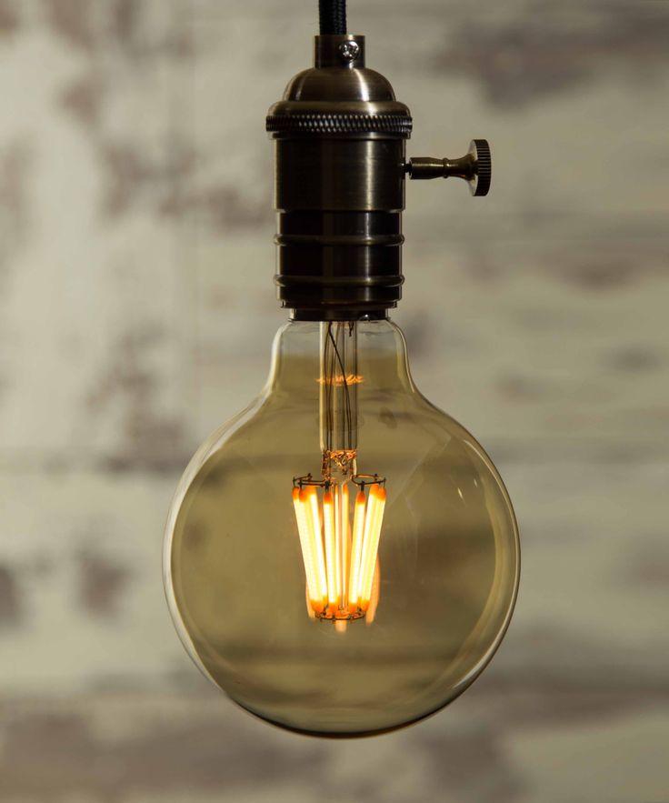Vintage Light Bulb LED - Large Globe LED - William&Watson