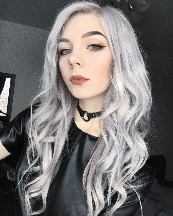 Wavy silver hairstyle by annrossiel