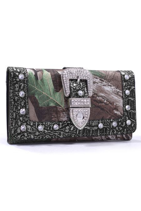 Officially licensed Xtra Green Realtree stylish wallets are perfect in a Country Girl's™™ handbag or carried as a clutch. This wallet features Realtree® camo, faux rhinestone buckle, ID window, multip