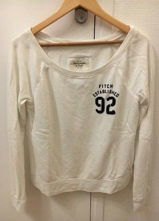À vendre sur #vintedfrance ! http://www.vinted.fr/mode-femmes/autres-pull-overs-and-sweat-shirts/25685011-pull-abercrombie-fitch-blanc
