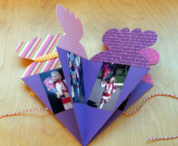 Photo of Mini album / card to the beginning of the school with instructions