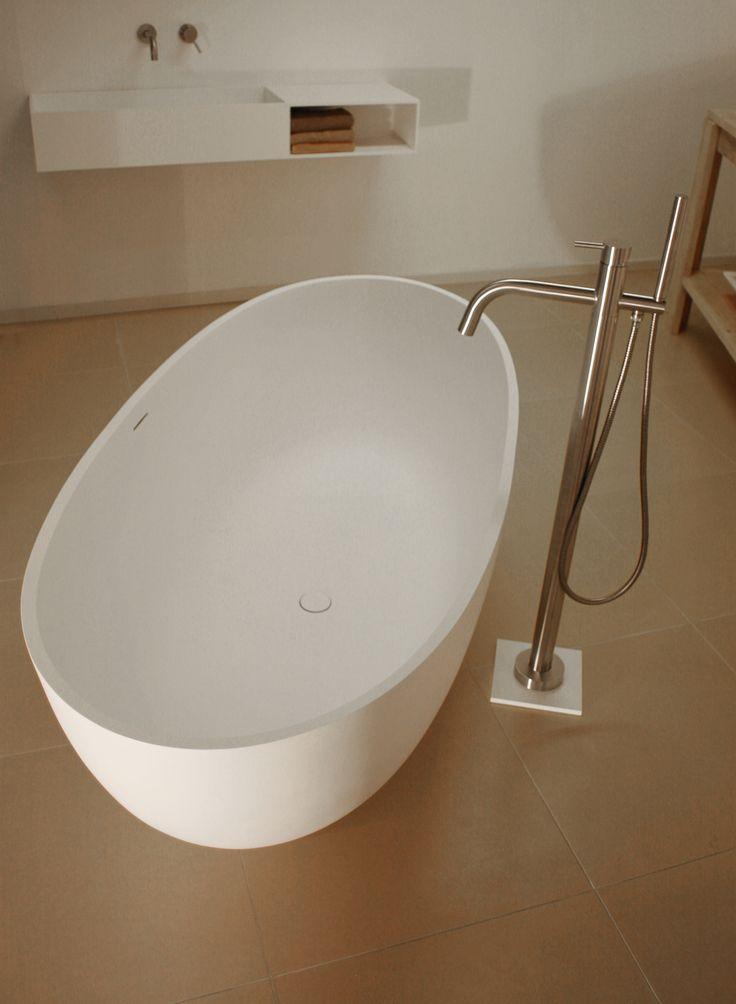 Solid Surface vrijstaand bad Salina