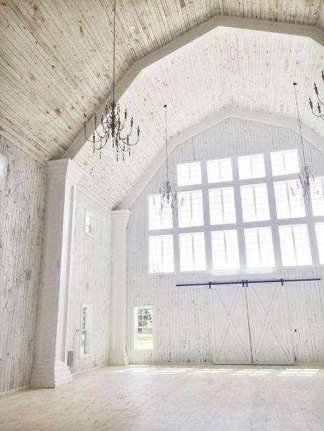 White Sparrow Barn - Dallas, Texas wedding venue